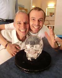 Arthur en Pieter met schedel